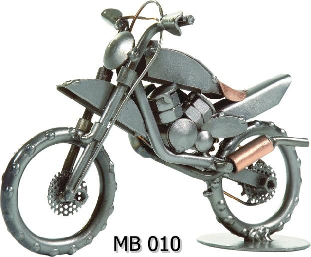 Metalowy model Moto Cros MB 10
